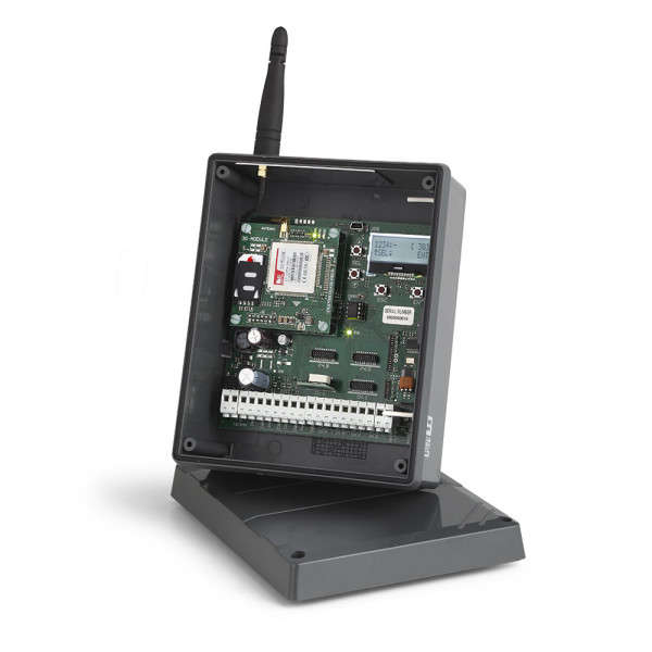 S449 RXGSM-GPRS RECEPTEUR 4 CANAUX AVEC AFFICHEUR LCD DANS BOX ETANCHE