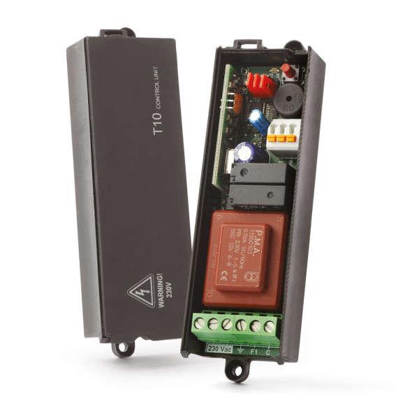 ONTVANGER-BESTURINGSKAST FM400 VOOR ROLLUIK OF 2 LAMPEN 230VAC
